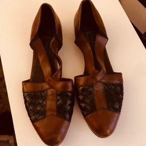 Cole Haan flats brown & black leather